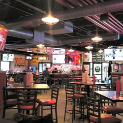 Smitty S Garage Burgers And Beer Order Food Online 92 Photos