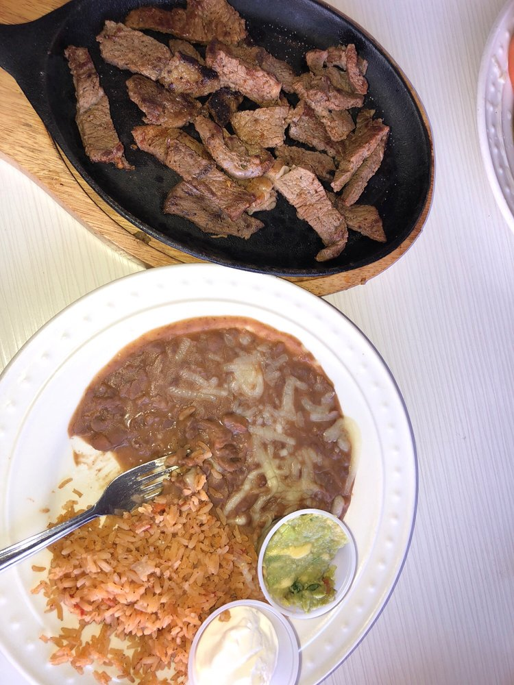 Jovis Diner: 123 N E St, San Bernardino, CA