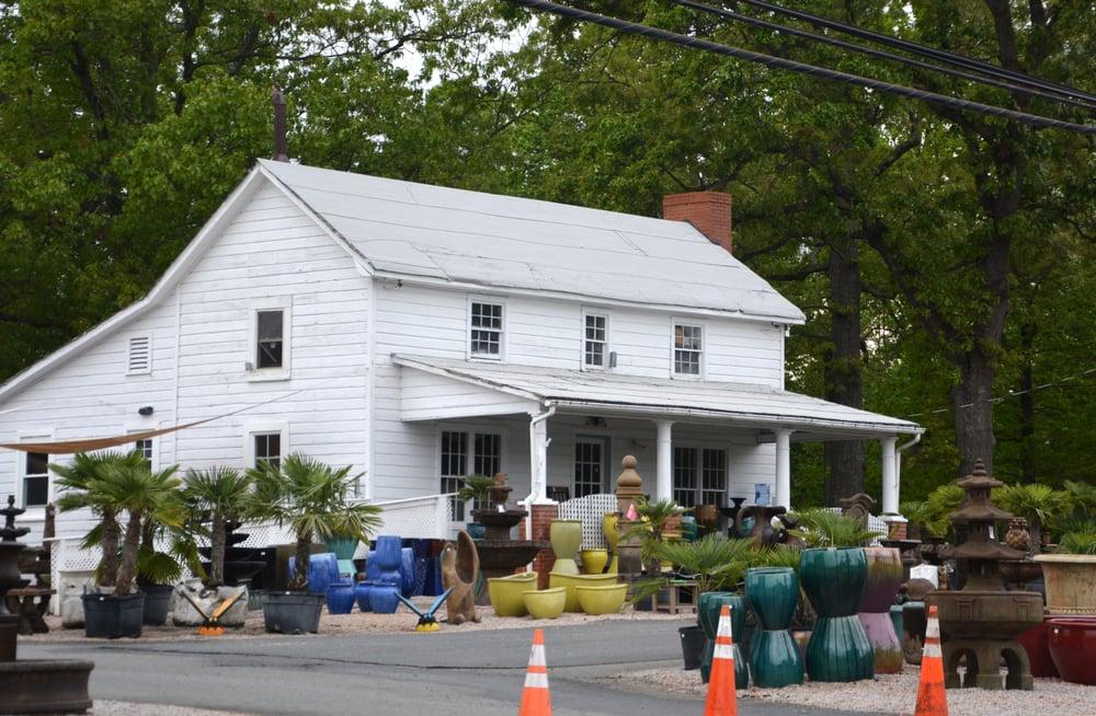 White House Fountains Statuary & Planters: 18955 W Catawba Ave, Cornelius, NC