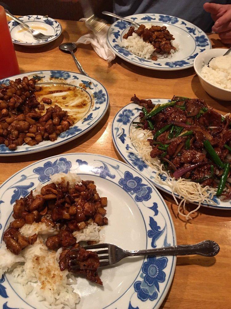 Szechuan Garden Chinese Restaurant: 4211 Chapman Hwy, Knoxville, TN