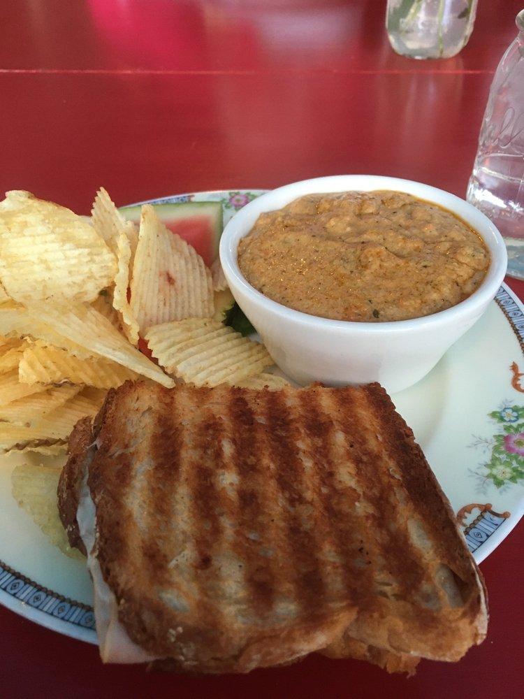 Pickles Cafe: 130 W Van Buren St, Columbia City, IN