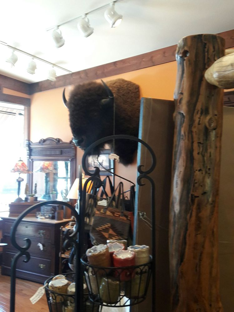 Buffalo Ranch Rustic Home Furnishings: 417 Main St, Weston, MO