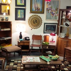 Fees Fabulous Finds Furniture Stores 1515 3rd St Marysville Wa