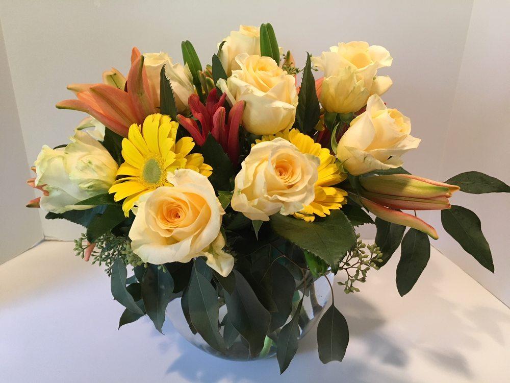Jan Channon Flowers: Deerfield, IL