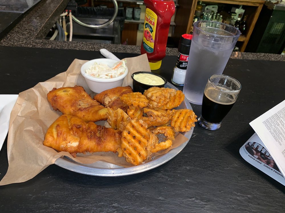 Food from Mad Anthony's Lake City Tap House
