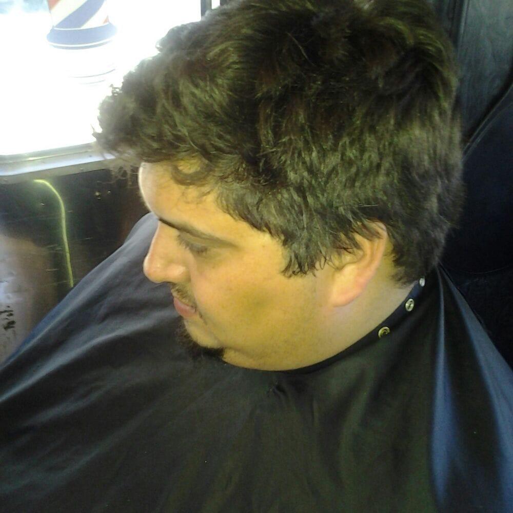 The Original Mobile Barbershop Company | 13333 Riverside Dr, Sherman Oaks, CA, 91423 | +1 (205) 706-9525