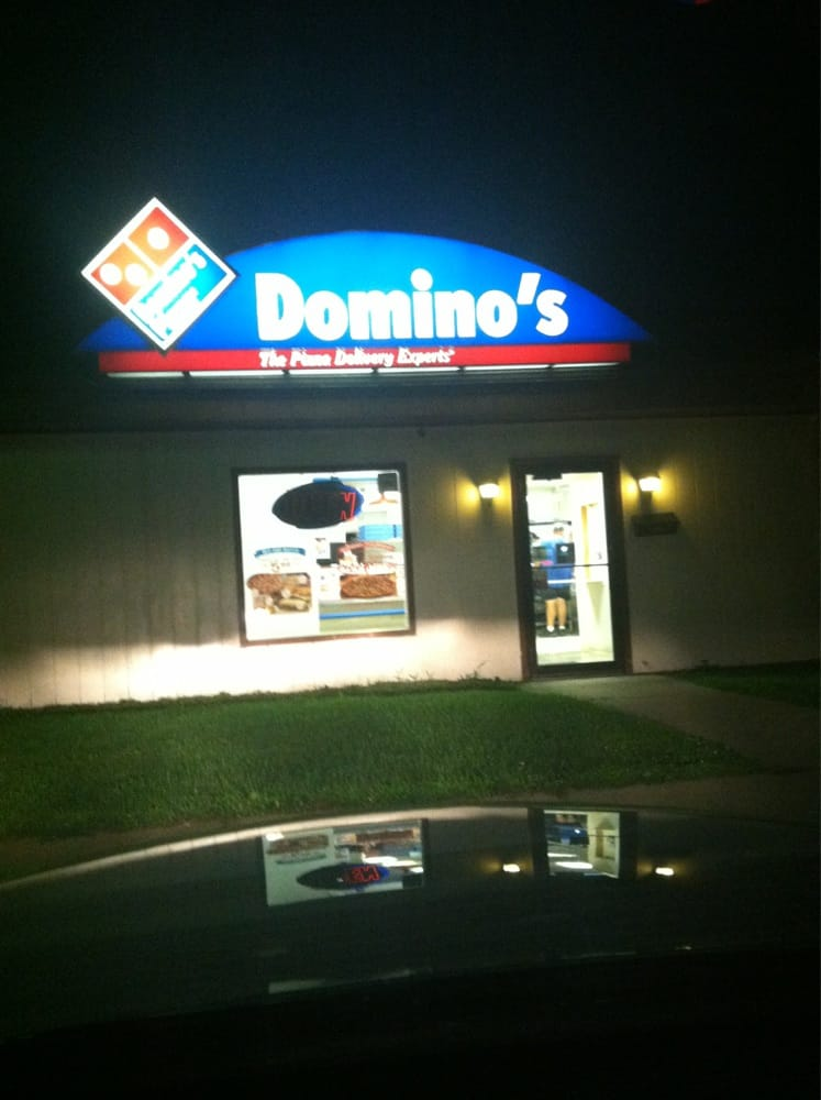 Domino's Pizza: 1026 N Water St, Uhrichsville, OH