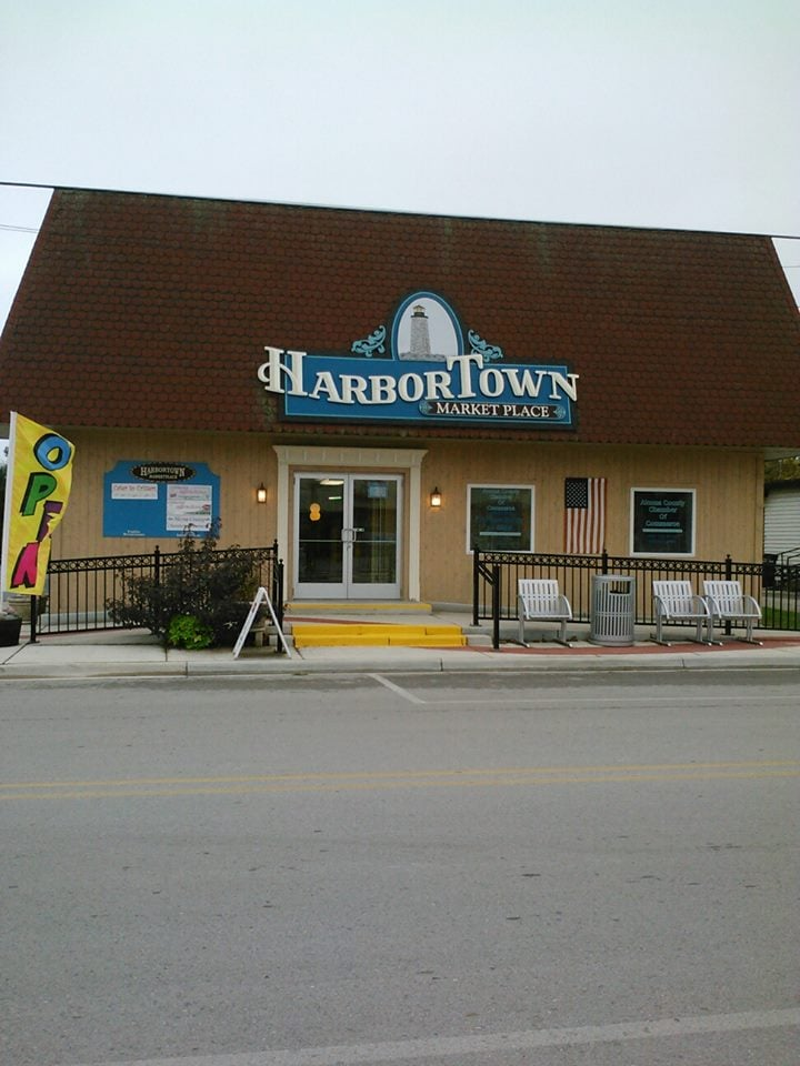 Coming Attractions Gift & Jewelry: 410 E Main St, Harrisville, MI