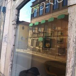 Stock Off Home Design - Interior Design - Rua das Janelas Verdes ...