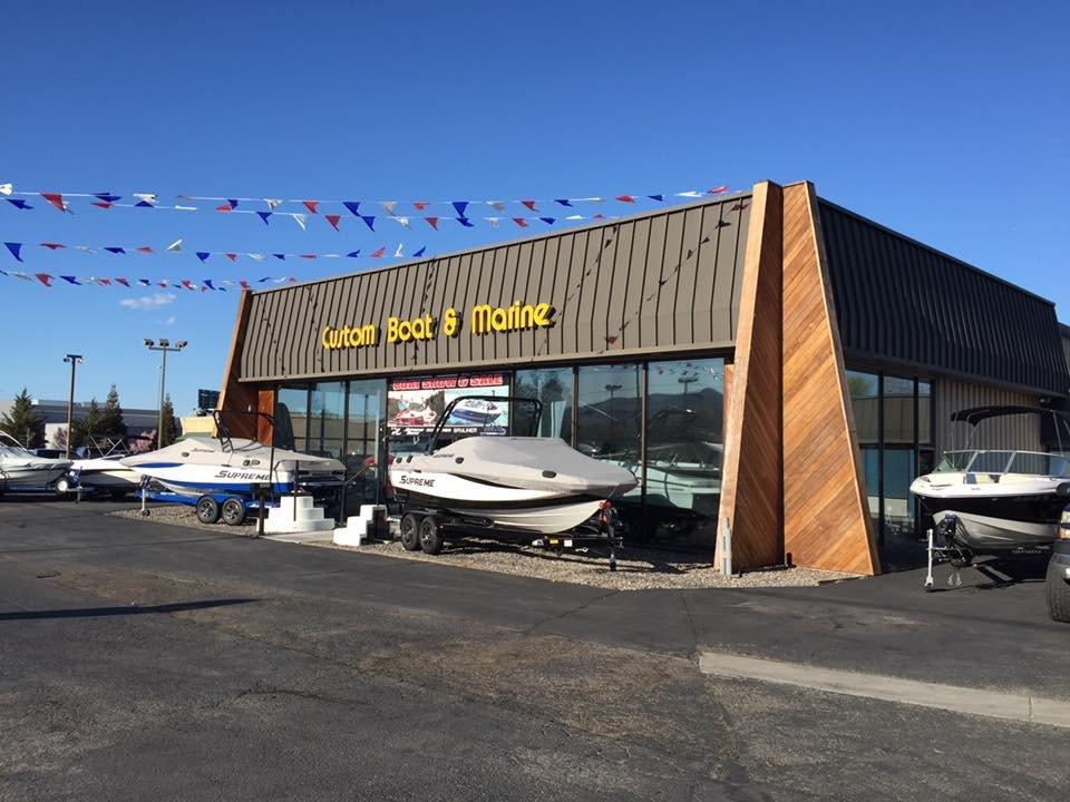 Custom Boat & Marine