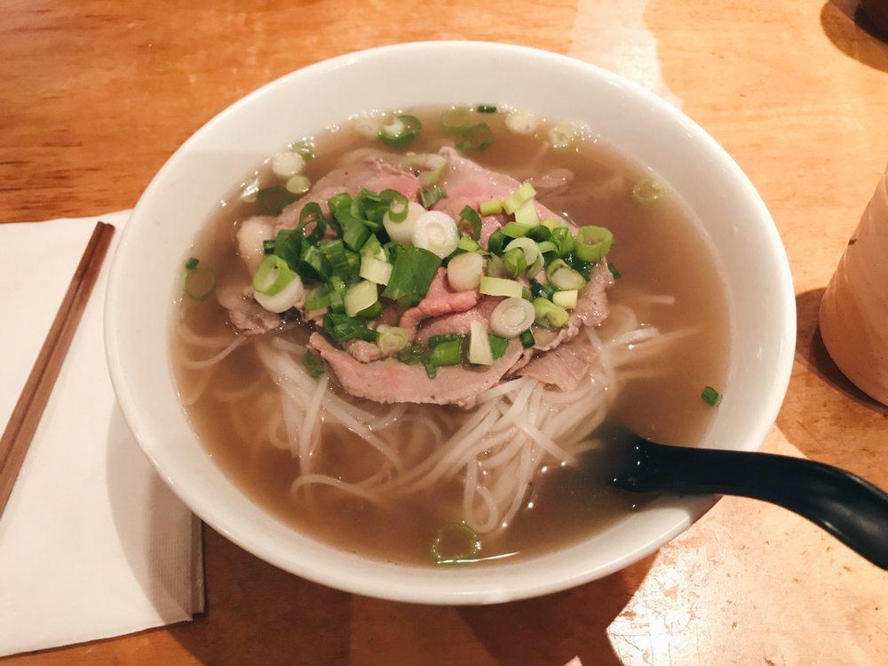 Com Tam Ninh Kieu: 2641 Jerome Ave, Bronx, NY