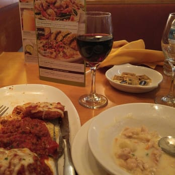 olive garden italian restaurant 32 photos 61 reviews italian 12560 jefferson ave