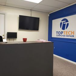 Photo Of TopTech Computer Repair   Alexandria, VA, United States. Front Desk