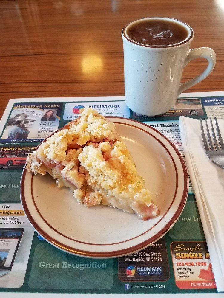 Wayne's Family Restaurant: 805 Brazeau Ave, Oconto, WI