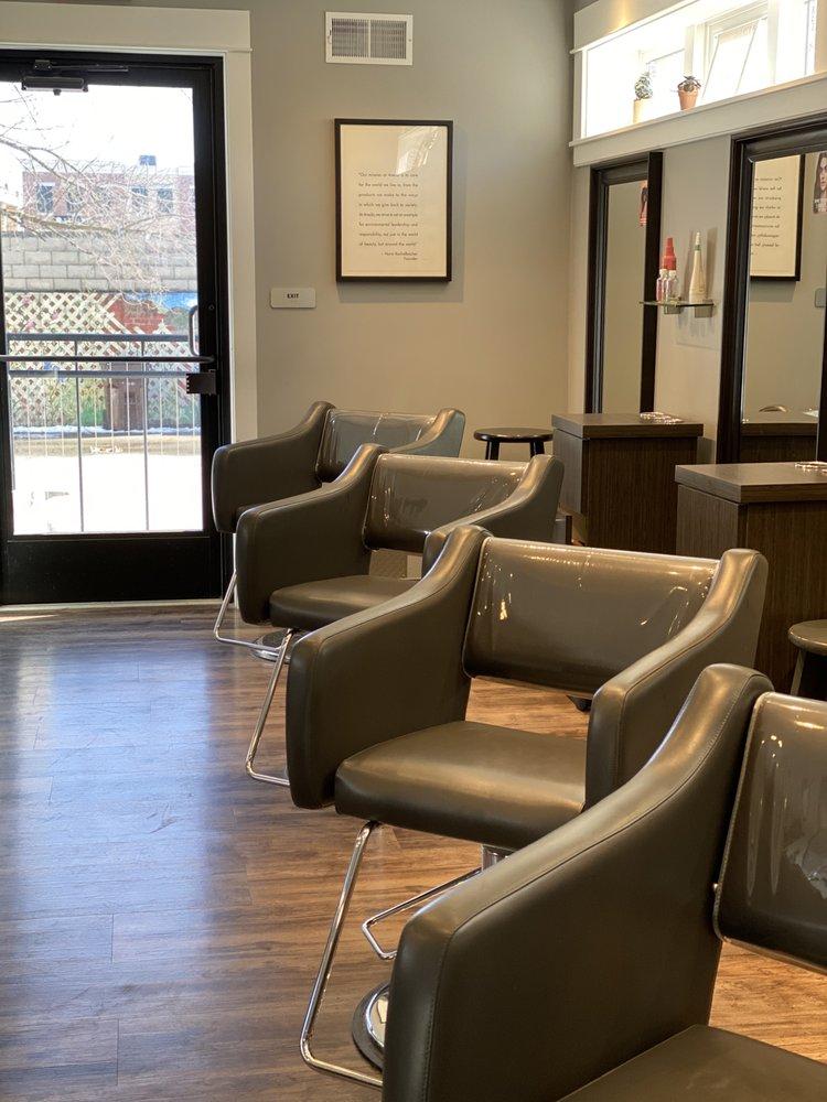 Coiffeteria Salon: 610 Lovett Ave SE, East Grand Rapids, MI