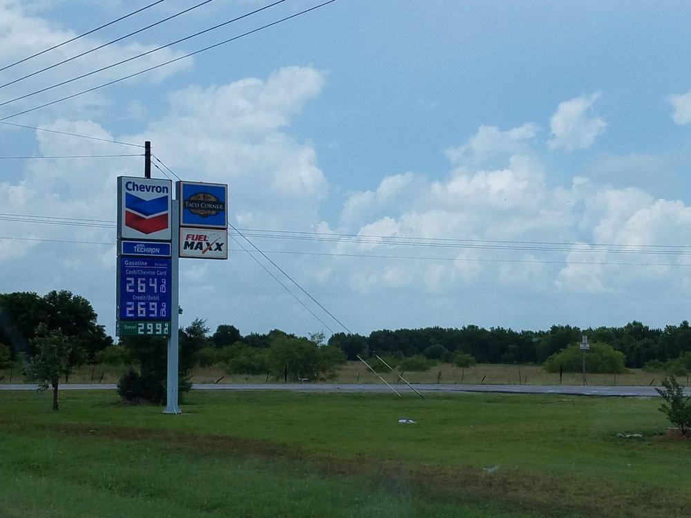 Tacos y Tortas Adria: 416 Farm To Market 359, Brookshire, TX
