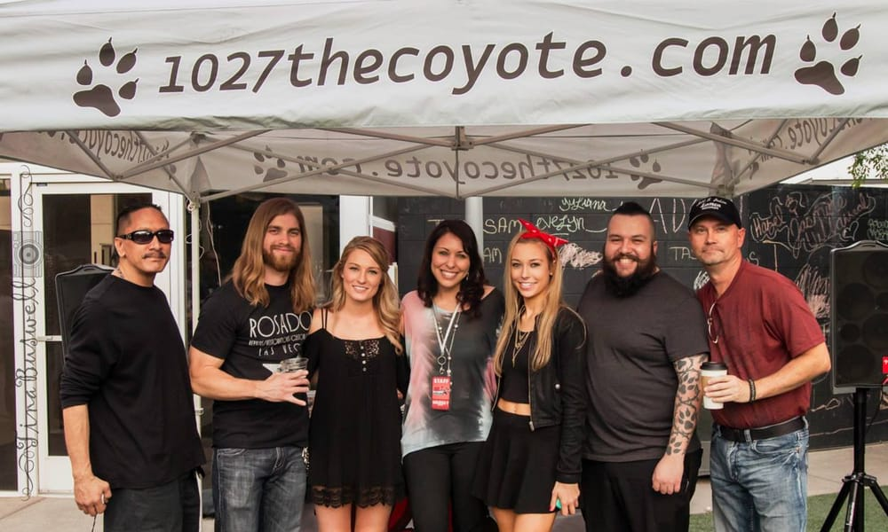 102.7 The Coyote KCYE-FM