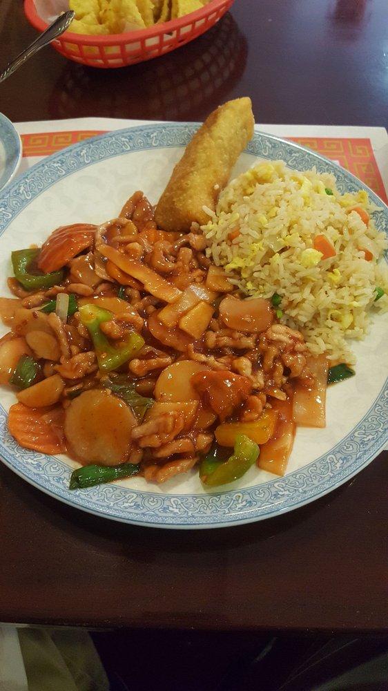 Tasty House Kitchen: 611 G Ave, Grundy Center, IA