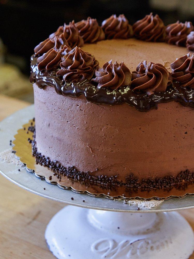Jackson Cake: 12170 Dornan Rd, Moose, WY