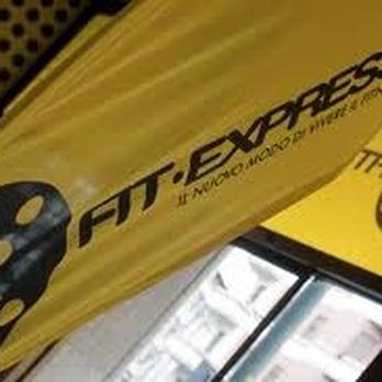 Fit express palestre viale andrea doria 17 stazione for Piano casa palestra