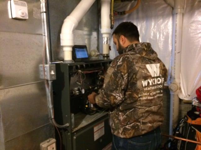 Wyckoff Heating & Cooling: 95 Hwy 5, Carlisle, IA