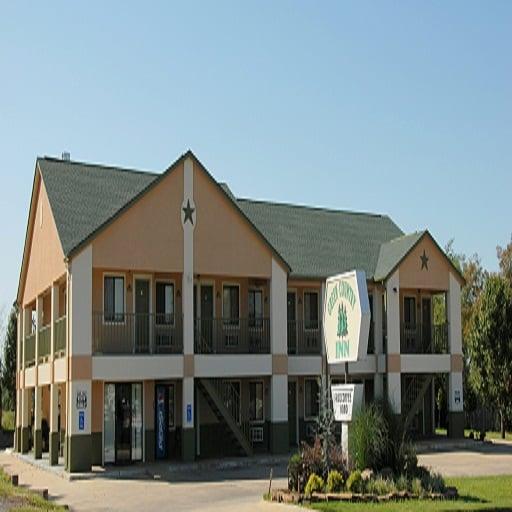 Green Country Inn-Heavener: 820 Highway 59 N, Heavener, OK