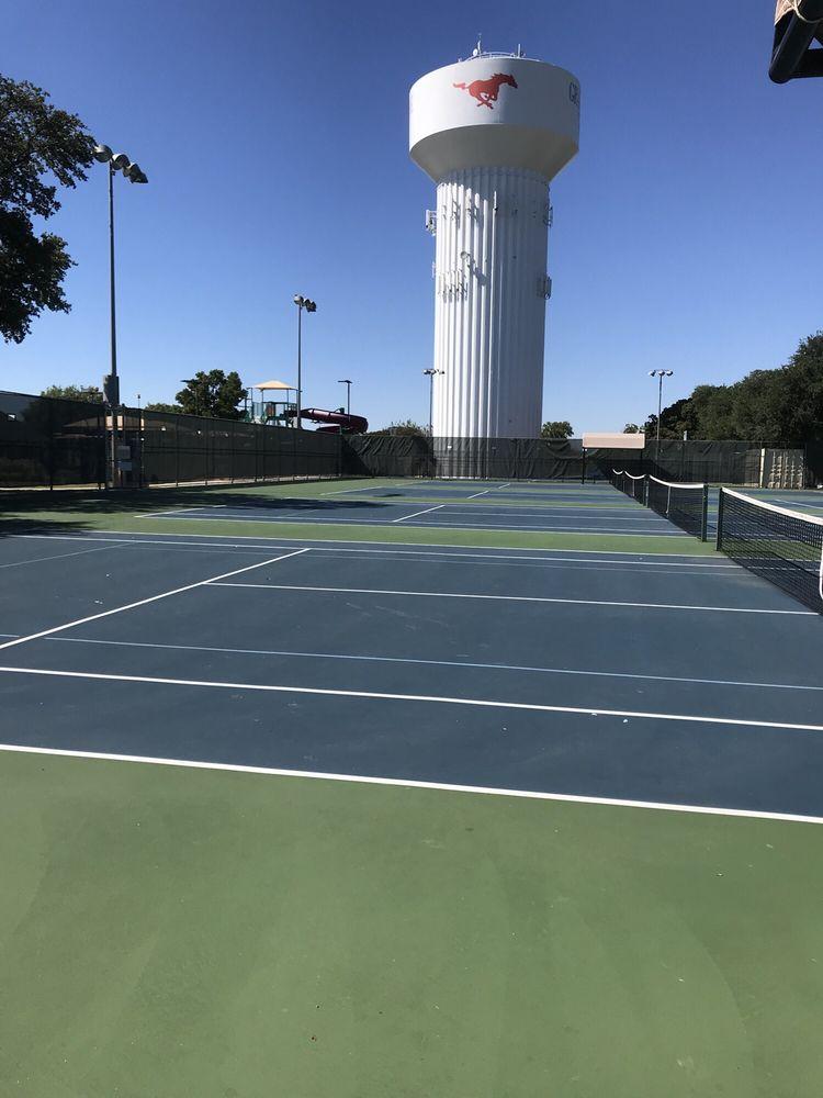 Dove Park Tennis Courts