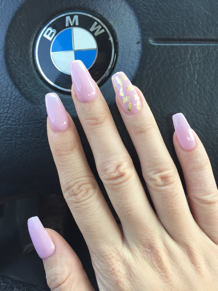 Baby pink nails with gold foil super happy with them, thanks Ofelya ...