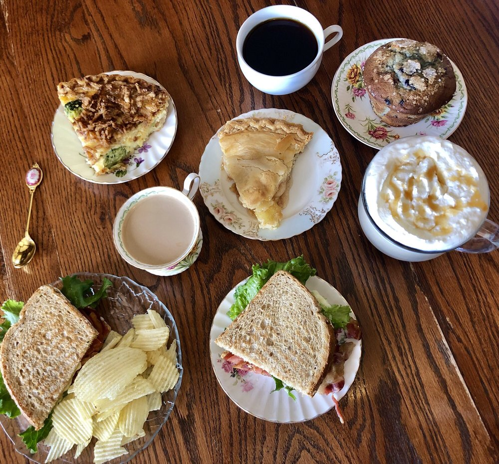 Costello Coffee House: 2679 US Highway 24, Florissant, CO