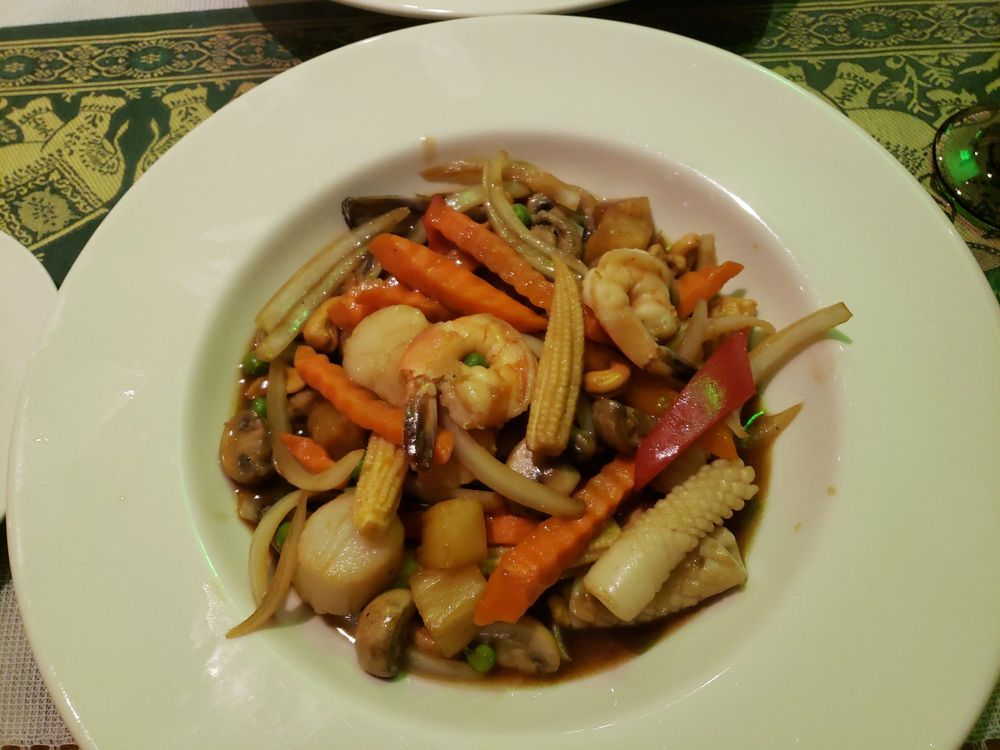 Thai Orchid: 19 2nd Ave, Rensselaer, NY