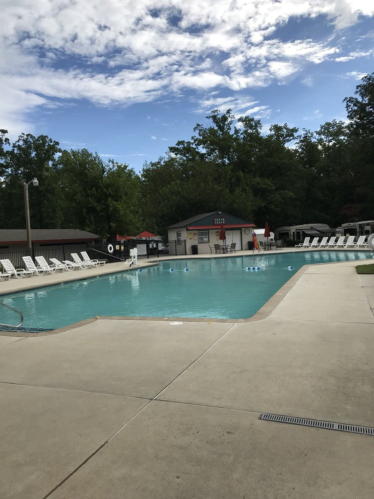 Country Oaks Campground: 15 S Jersey Ave, Dorothy, NJ