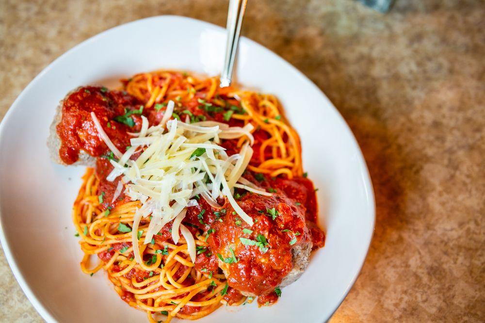Colletti's Italian Restaurant: 202 S 1st St, Harlingen, TX