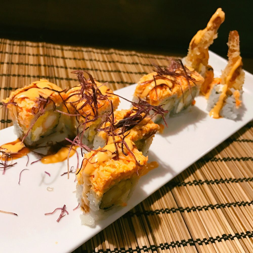 Kasai Sushi Bar & Kitchen: 6929 E 10th St, Indianapolis, IN