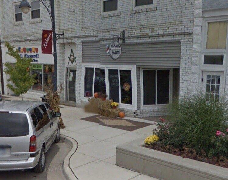 Teaser's Hair & Nail Salon: 202 N Saginaw St, Durand, MI