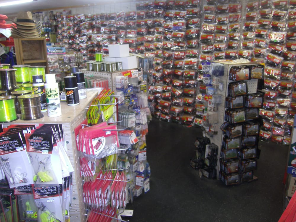 Sportsman's One Stop: 9807 Highway 81 S, Iva, SC