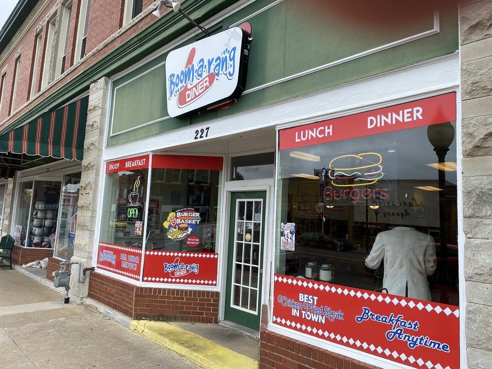 Boomerang Diner: 227 E Cherokee St, Wagoner, OK