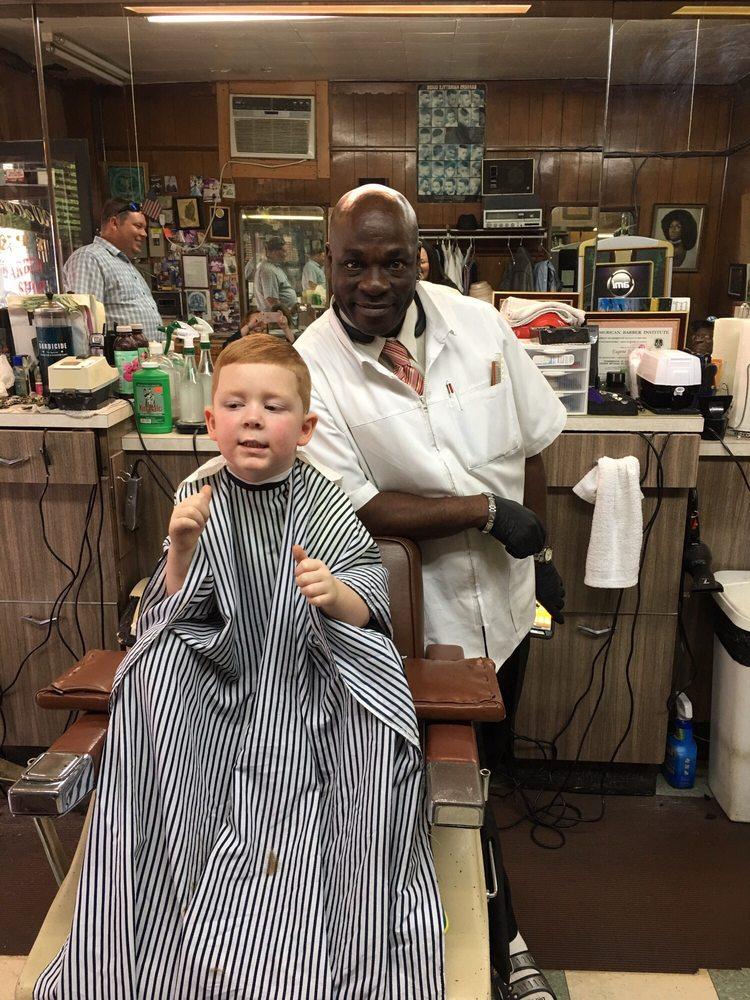J & P Barber Shop