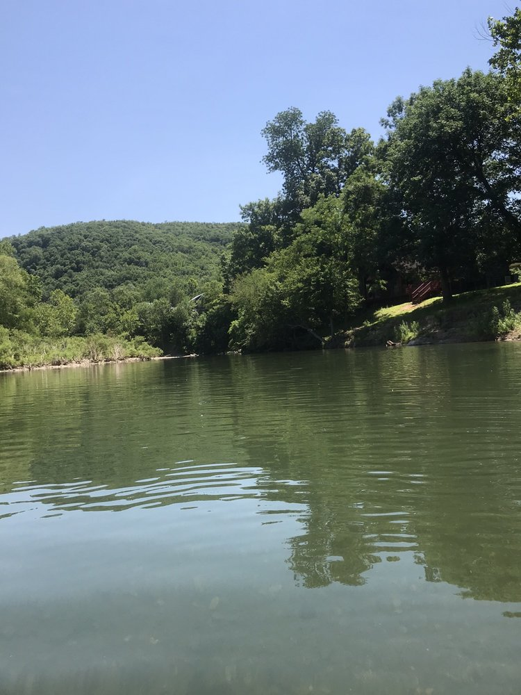 Photo of Lucky's Caddo River Canoe and Kayak Rental: Glenwood, AR