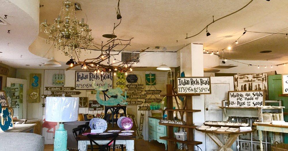 Marcotte's Coastal Market: 607 Clearwater Largo Rd N, Largo, FL
