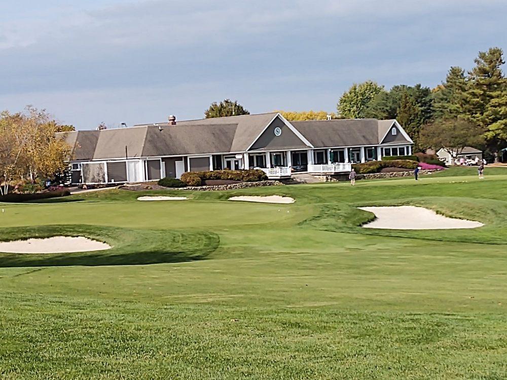 Penn National Golf Club & Inn: 3720 Club House Dr, Fayetteville, PA