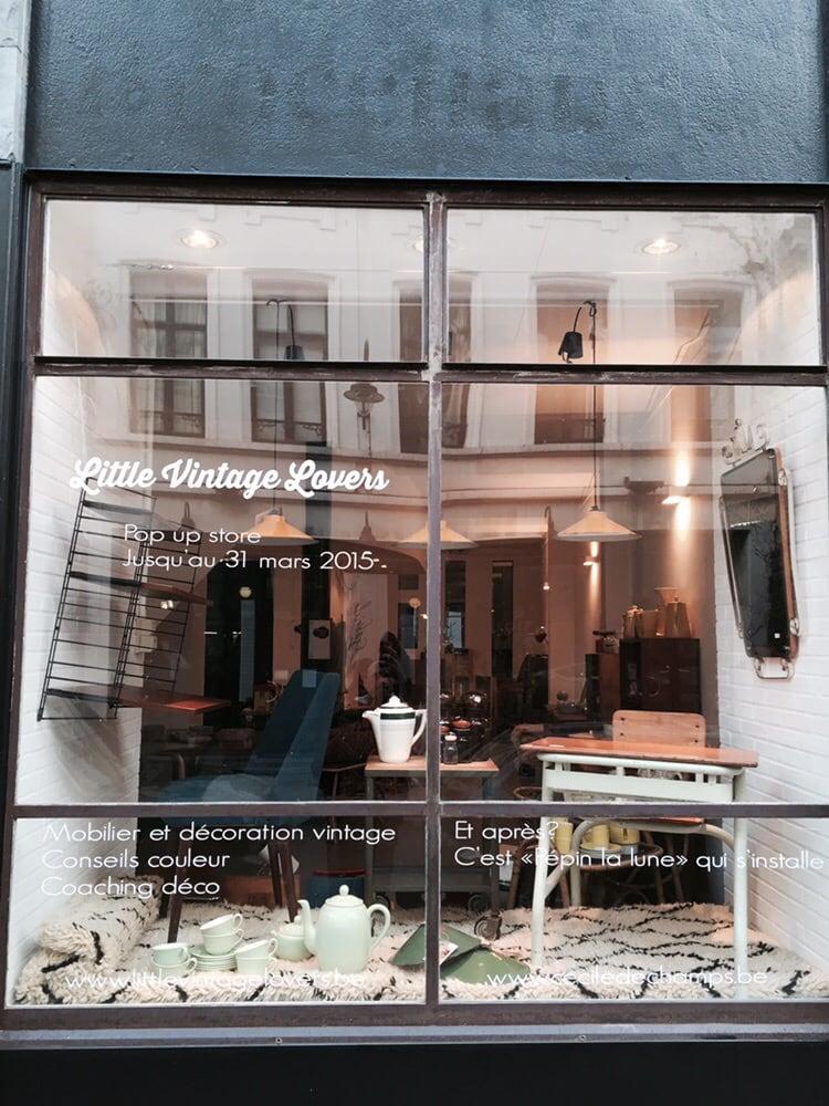 little vintage lovers friperies v tements vintage et d p ts vente rue des chartreux 44. Black Bedroom Furniture Sets. Home Design Ideas