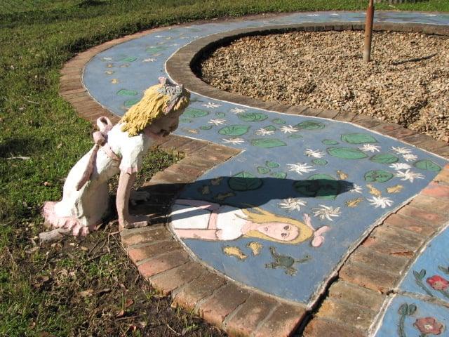 Chauvin Sculpture Garden & Art Studio: 5337 Bayouside Dr, Chauvin, LA