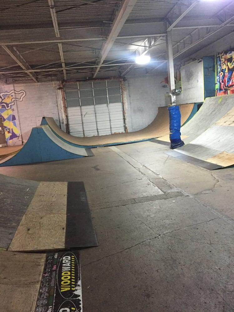 Transitions Skatepark: 5616 Van Born Ct, Dearborn Heights, MI