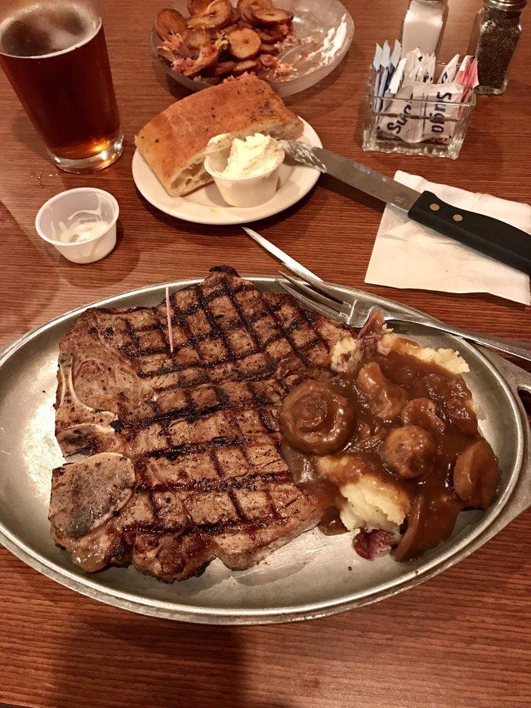 Steaks Eatery: 4243 Oaklane Rd, Jackson, MI