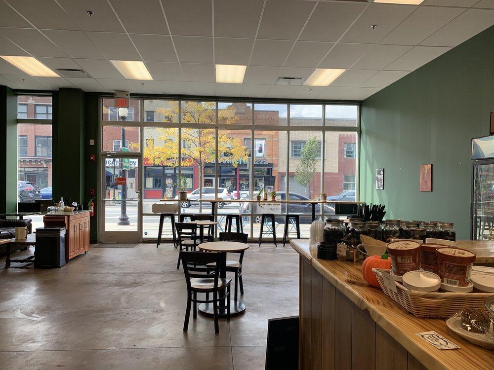 Muggswigz Coffee & Tea: 373 S Main St, Akron, OH