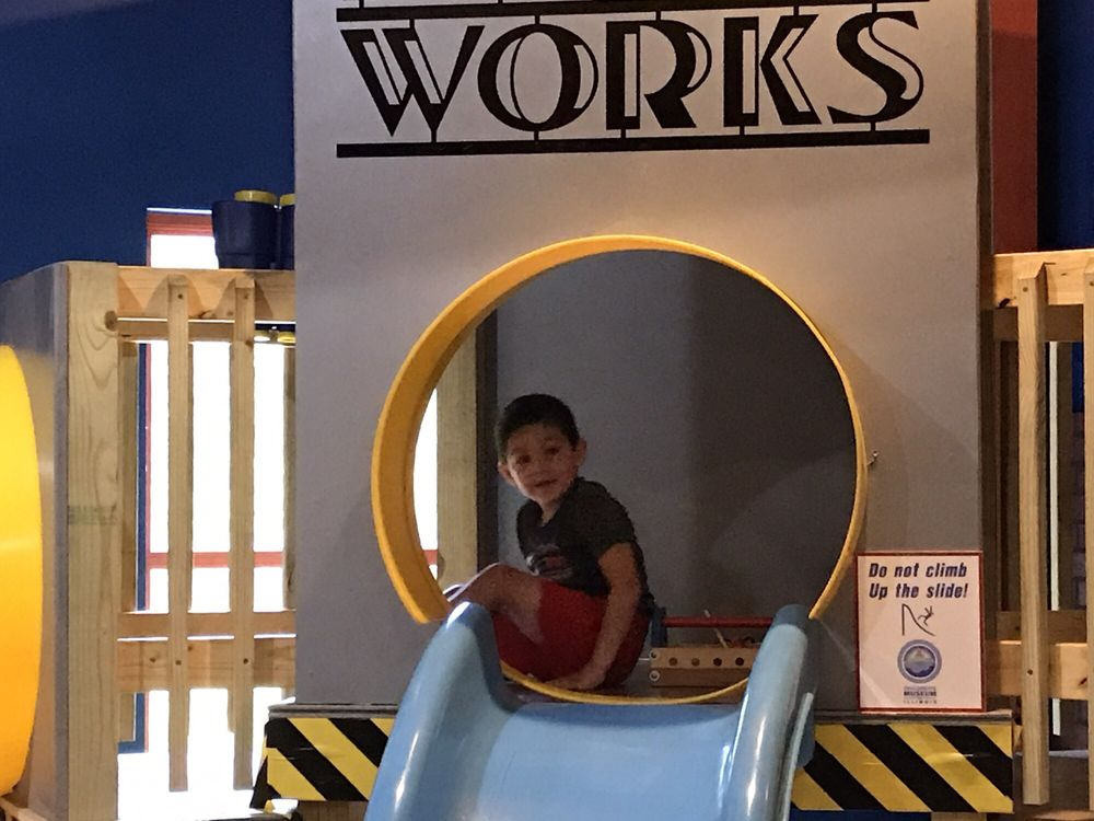 Children's Museum of Illinois: 55 S Country Club Rd, Decatur, IL