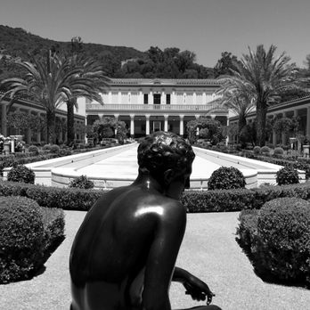 'Photo of The Getty Villa - Pacific Palisades, CA, United States. The Getty Villa' from the web at 'https://s3-media1.fl.yelpcdn.com/bphoto/T7IGzy4eSWmddRqb3_x5ag/348s.jpg'