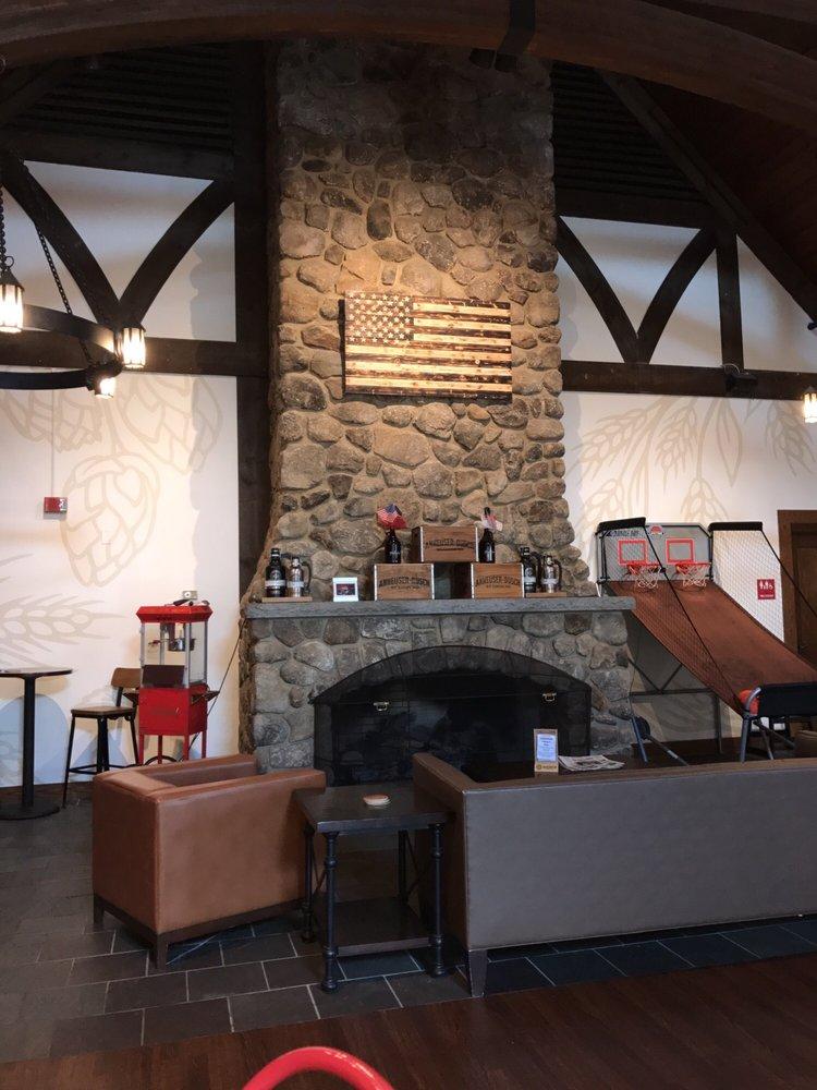 Budweiser Brewery Experience: 221 Daniel Webster Hwy, Merrimack, NH