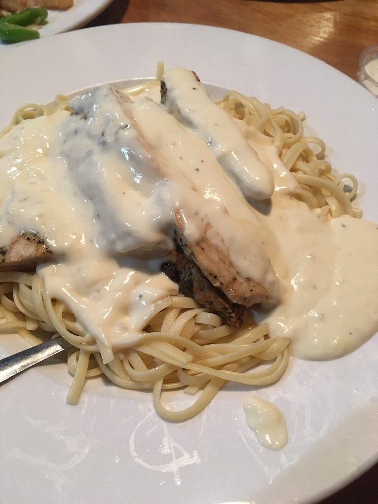 Giovanni's Italian Restaurant: 42490 US Hwy 280, Sylacauga, AL