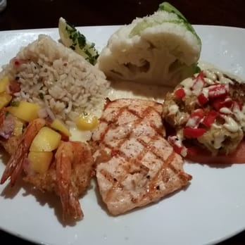 Big fish seafood bistro 69 photos 119 reviews for Big fish dearborn mi